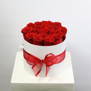Everlasting red roses INHAT BOX medium $145